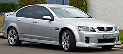 2009-2010 Holden VE Commodore SS V sedan 01.jpg