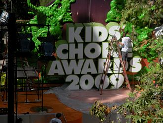 "Nickelodeon Kids' Choice Awards - Finishing up with the ""Orange Carpet"" for the Kids' Choice Awards outside of Pauley Pavilion, UCLA campus"