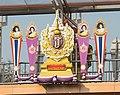 2016 Bangkok, Dystrykt Phra Nakhon, Kładka dla pieszych na skrzyżowaniu (cropped).jpg