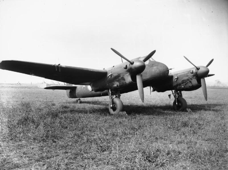 255 Squadron RAF Beaufighter MK II at RAF Hibaldstow Sept 1941