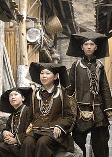 Gruppe von ethnisch benachbarten Völkern in Asien zwischen Assam und Guangxi