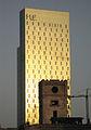 69 El Poblenou al capvespre, amb l'hotel ME Barcelona.jpg