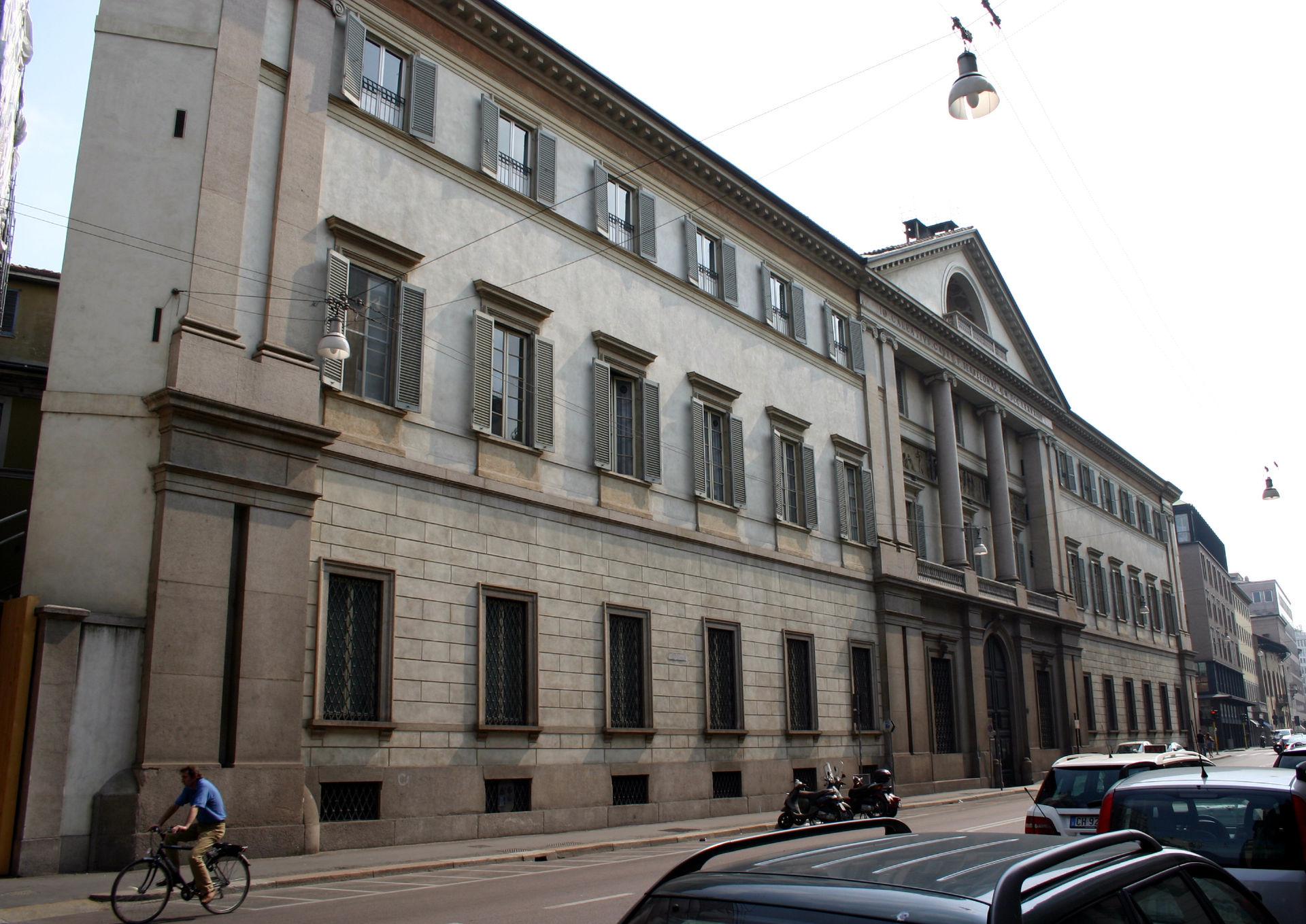 Palazzo serbelloni wikip dia for Corso arredatore d interni milano