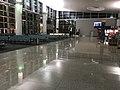 Aéroport Zvartnots - hall.jpg