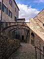 Accesso al Castello di Bardi.jpg