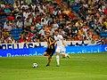 Aguirregaray vs Ozil.jpg