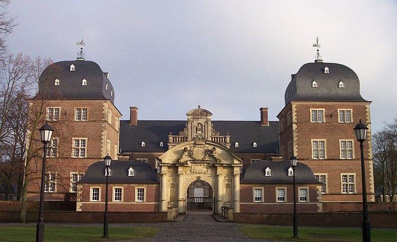File:Ahaus Schloss.jpg