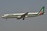 Airbus A321-100 Alitalia (AZA) EI-IXZ - MSN 848 - Named Piazza Del Duomo Orvieto (9370969837).jpg