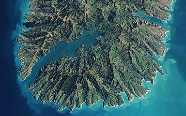 Akaroa, New Zealand (satellite view).jpg