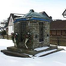 Allendorf Ehrenmal 51813.JPG