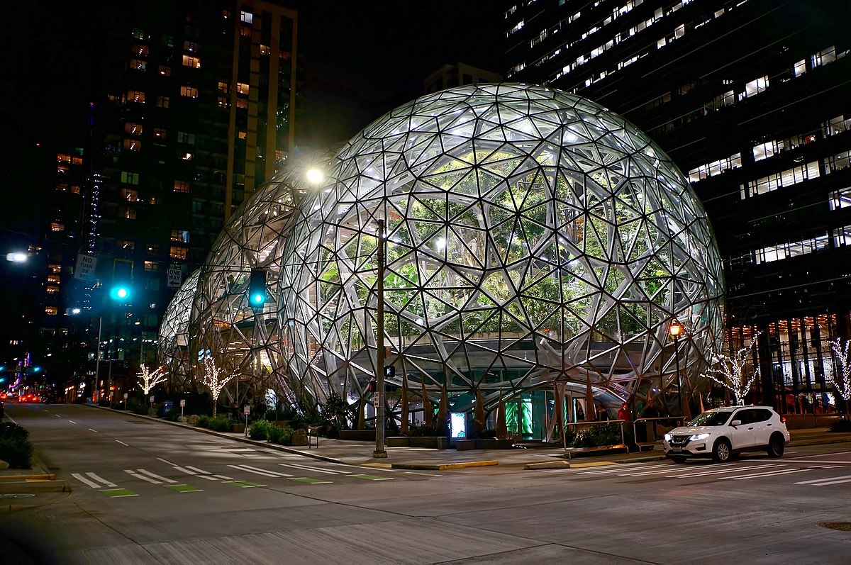 Amazon Spheres at night from 7th and Lenora.jpg