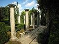 Amstelpark pillars.jpg