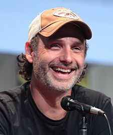 AndrewLincoln2015 (cropped).jpg