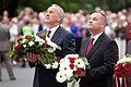 Andris Bērziņš and Gundars Daudze - Ziedu nolikšanas ceremonija pie Brīvības pieminekļa.jpg