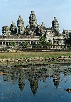 Templo de Angkor (Camboya) 250px-Angkor_Wat_01