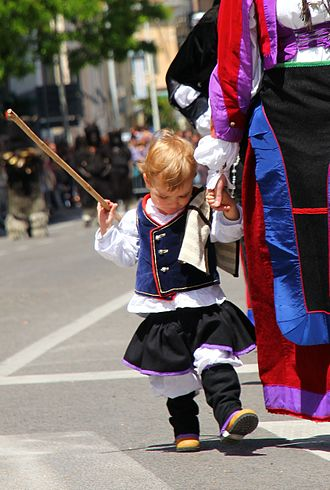 Aritzo - A child wearing the traditional cloth from Aritzo.