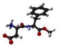 Aspartame-from-hydrate-xtal-2000-3D-balls.png
