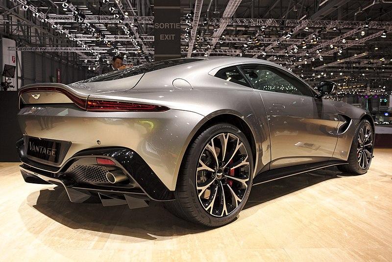 File Aston Martin V8 Vantage Back Genf 2018 Jpg Wikipedia