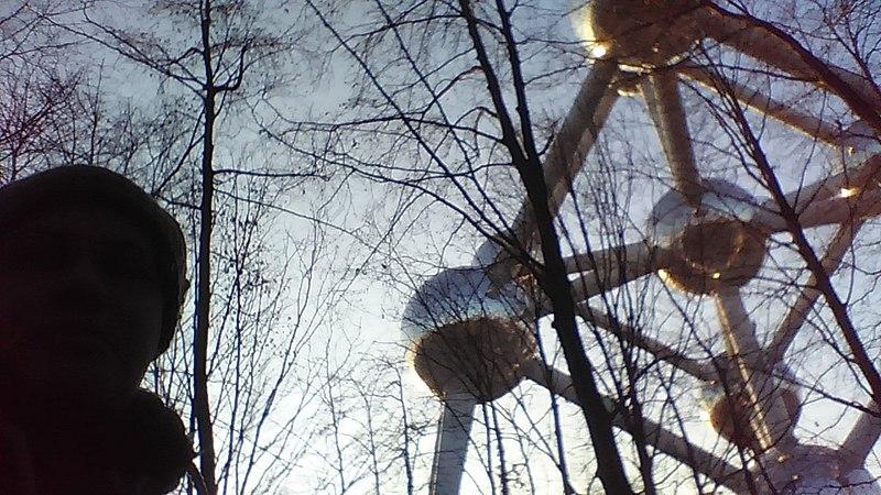 File:Atomium-Bruxelles 03.jpg