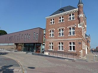 Auby - The town hall in Auby