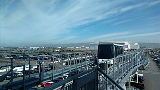 Coliseum–Oakland International Airport line - Tram viewed from airport station