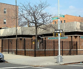 Greenpoint, Brooklyn - Public library (demolished 2017)