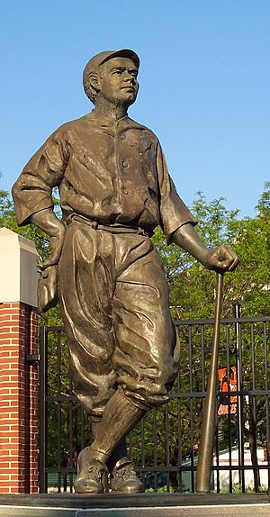 Oriole Park at Camden Yards - Susan Luery's 1996 statue of Babe Ruth, Babe's Dream