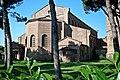 Basilica di Sant'Apollinare in Classe 3.jpg