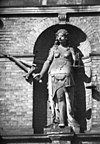 beeld van justitia, in nis in de voorgevel - haarlem - 20096046 - rce