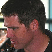 Benbrowder farscapeconvention2004.jpg