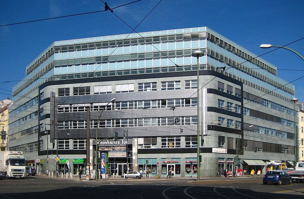 file berlin mitte torstrasse 49 wohn und geschaeftshaus schoenhauser wikimedia commons. Black Bedroom Furniture Sets. Home Design Ideas
