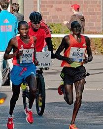 Berlin marathon 2012 buelowstrasse between kilometers 36 and 37 30.09.2012 10-51-10.jpg