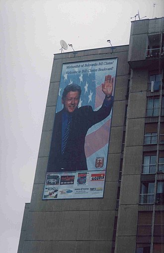 Foreign policy of the Bill Clinton administration - Bill Clinton Boulevard in Pristina in 2003.