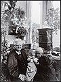 Bjørnstjerne Bjørnson og Karoline på besøk hos Jacob Hegel, ca 1902 (4432632820).jpg