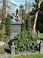 Bremen Riensberger Friedhof Arthur Fitger.jpg