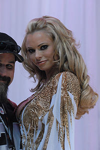 Briana Banks at AVN Adult Entertainment Expo 2008.jpg