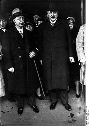 Tevfik Rüştü Aras - Tevfik Rüştü Aras and Carl von Schubert in Berlin