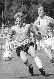 Bundesarchiv Bild 183-1990-0526-003, Chemnitzer FC - 1. FC Magdeburg 1-0