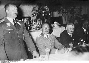 Hans Seidemann - Seidemann (center) with Erhard Milch (left)