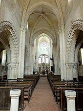 intrieur de la nef aglise saint lucien de