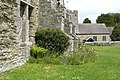 Buttresses,Stokesay Castle Hall - panoramio.jpg
