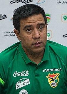 César Farías manager