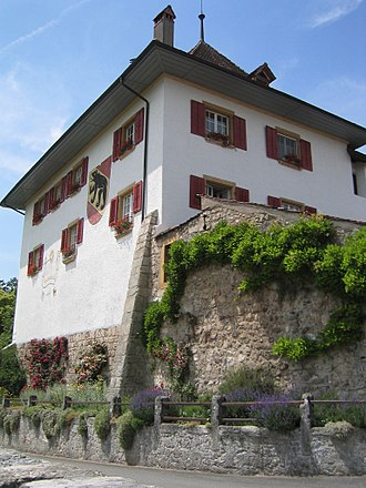 Seeland (Switzerland) - Image: CH Erlach Schloss