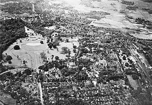 COLLECTIE TROPENMUSEUM Luchtfoto van het paleis van de Gouverneur-Generaal in Buitenzorg TMnr 60027049