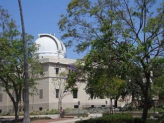 Total Carbon Column Observing Network - Image: Caltech L Rbuilding TCCON dome