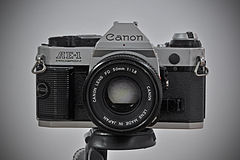 Canon-AE-1-PROGRAM.mnemorino.web.jpg