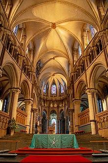 Altar - Wikipedia