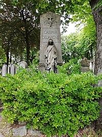 Casimir Delavigne tombe.jpg
