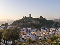 Castillo de Vélez-Málaga.jpg