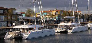 Catamarans de croisière Lagoon 620 et 560.JPG